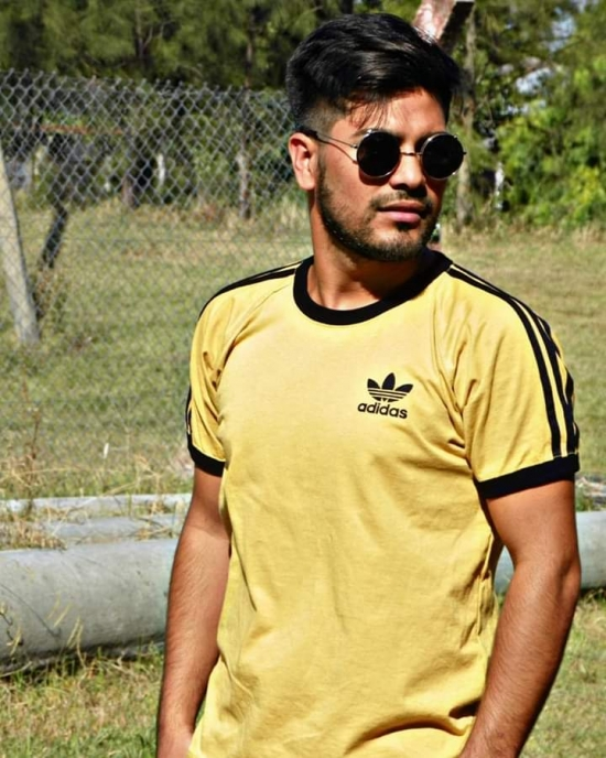 Blogger  Junior Guillermo Sanchez - Footballer