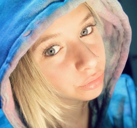 Paola Nesti - Estudiante.