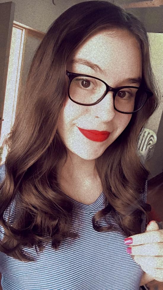 Blogger  Mara De León - Student