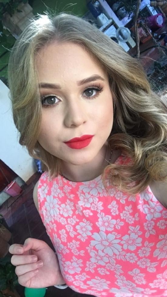 Blogger Melannie Mariane  Aguilera Portillo  - Student