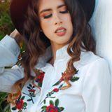 Maria Lucia Barrueta - Fashion Blogger, Youtuber venezolana y Licenciada en Comunicación Social.