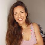 Blogger     Cláudia Mendonça - Influencer.