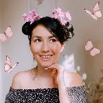 Blogger Monica Bofill - Conscious Lifestyle Content Creator