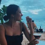 Blogger   Nikki Tavassoli - Travel and Lifestyle Blogger.