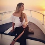 Showmb:influencer Platform  -  Haniya  Khan - Travel Blogger