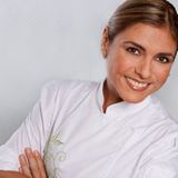 Showmb: Influencer Platform -    Lorena García - Degree in Culinary Arts with Honorary Doctorate in Culinary Arts.