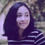 블로거    Sasha Mutu - Actress and teacher.