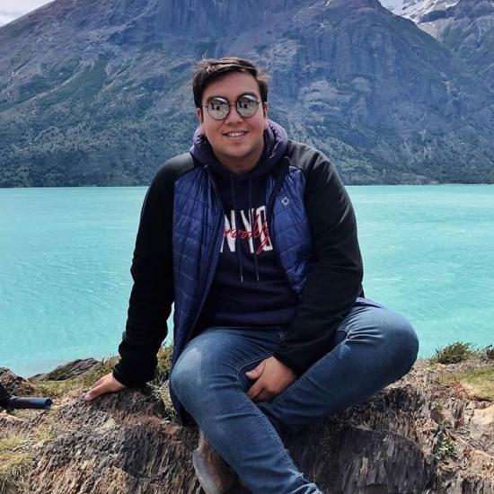 Blogger Ian González  - English teacher.