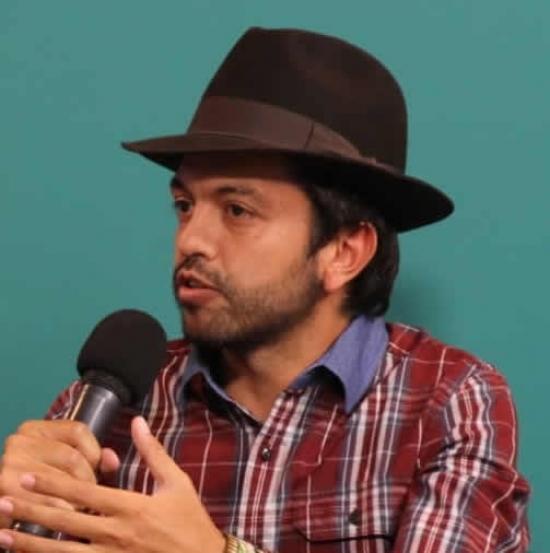 Blogger César El de Tabio  - Journalist.