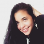 Blogger     Génesis Vernaza - Actriz