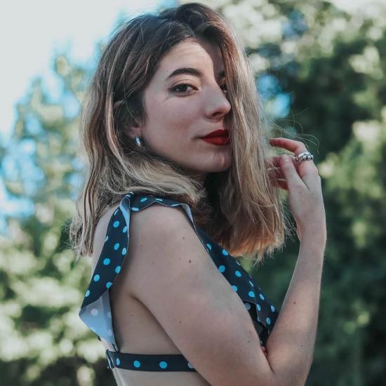 Blogger   Laura  Serrano - Actualmente estudio estilismo y redacto