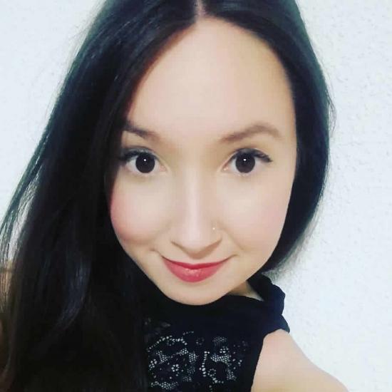 Blogger    Cristina Tayron - Blog de Maquillaje.