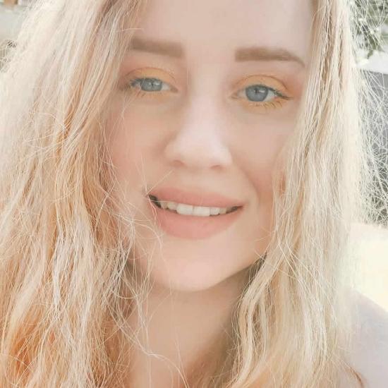 ब्लॉगर्स   AshLee Presley - ashlee.marie.presley