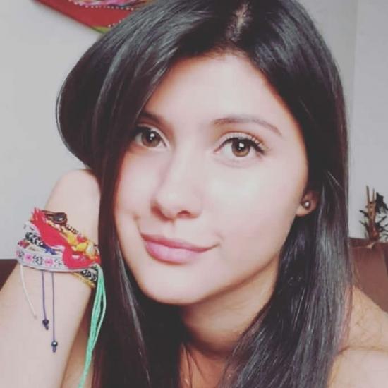 Blogger  Carolina  Jiménez - Estudiante.