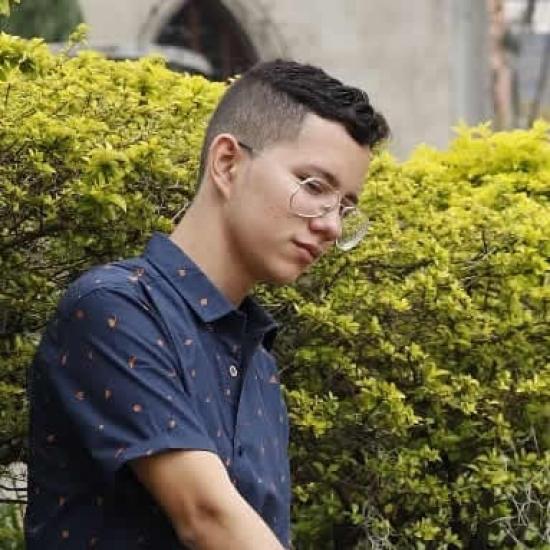 Bloggare    Edwin Muñoz - Student.