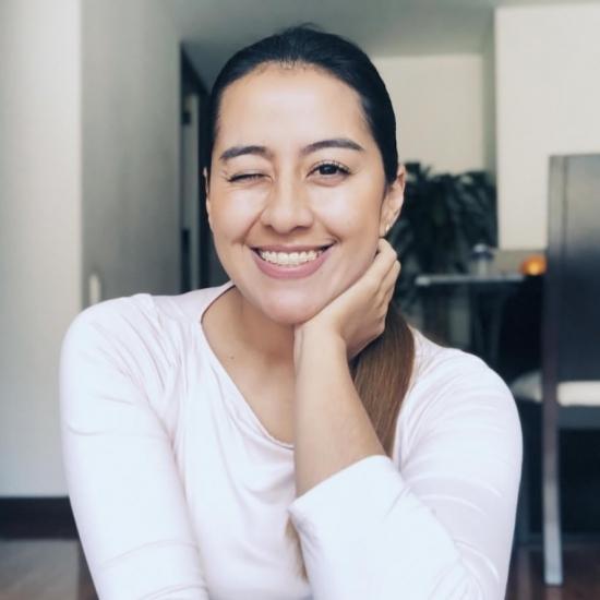 Blogger   María Mónica  Izquierdo  - Blog de maternidad.