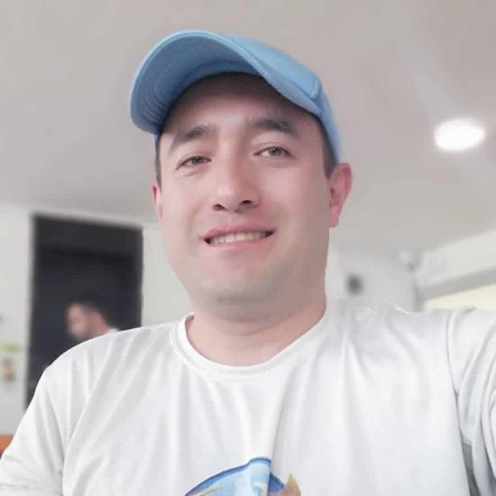 Nicolás Cuervo - Periodista.