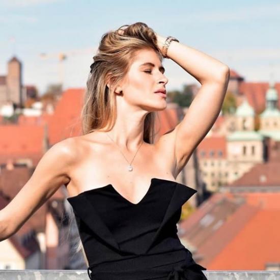 Showmb: Influencer Platform - Lea Götz - Model&Tänzer im Kampf für Tiere&Umwelt.