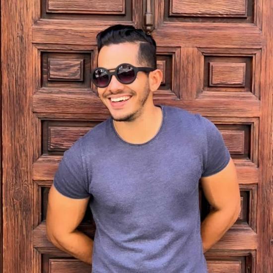 Blogger   Leonardo  Mogollón - Ingeniero marítimo.
