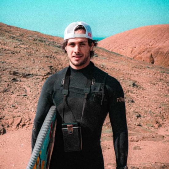 Blogger     Alex Díaz - Architect, artist and sportsman.