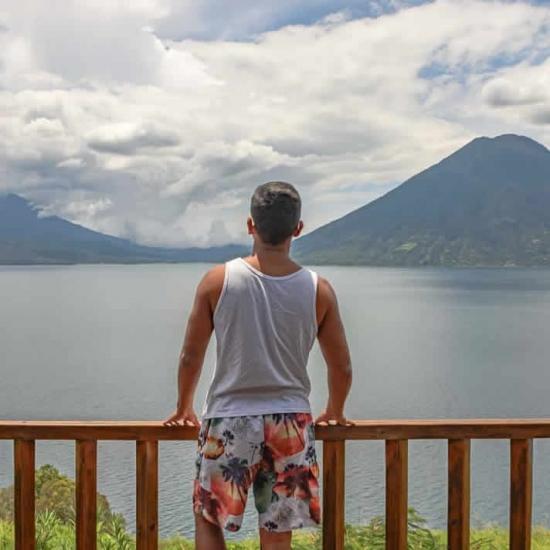 Blogger      Caleb Fonseca Méndez - Tourism.
