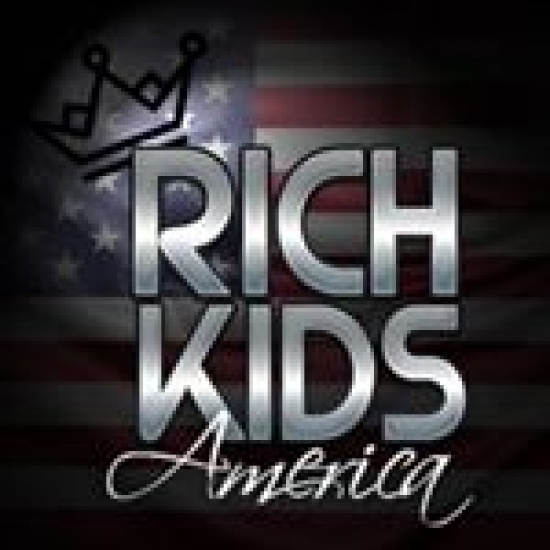 Rich Kids America  - Community Manager.