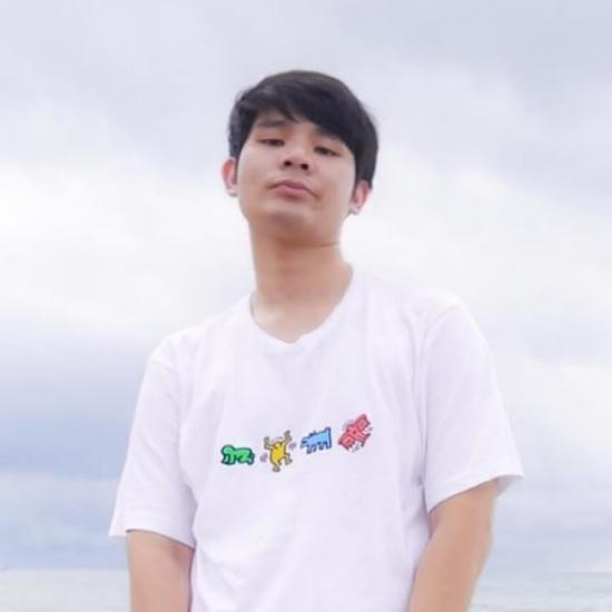 Influencer  Sakarat Na Chiangmai - Gregorian.