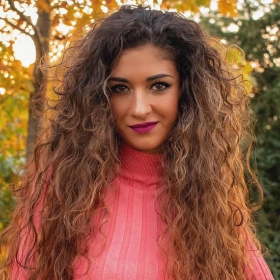 Blogger   Lurdes Barea - Cantante y actriz.