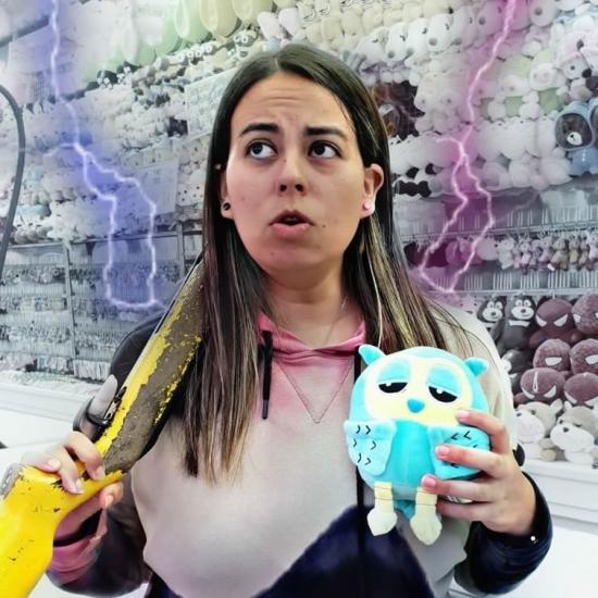 Blogger    Aymara Revalderia - Youtuber.