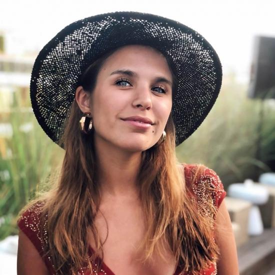 Blogger  Agustina  Salvado - Profesora de yoga y nutricionista.
