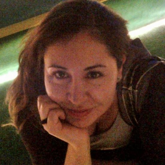 Blogger     Karina Valenzuela - Fotografa y cineasta.