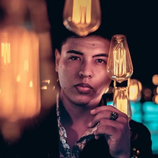 Blogger Camilo  Lanz - Compositor, escritor y cantante.