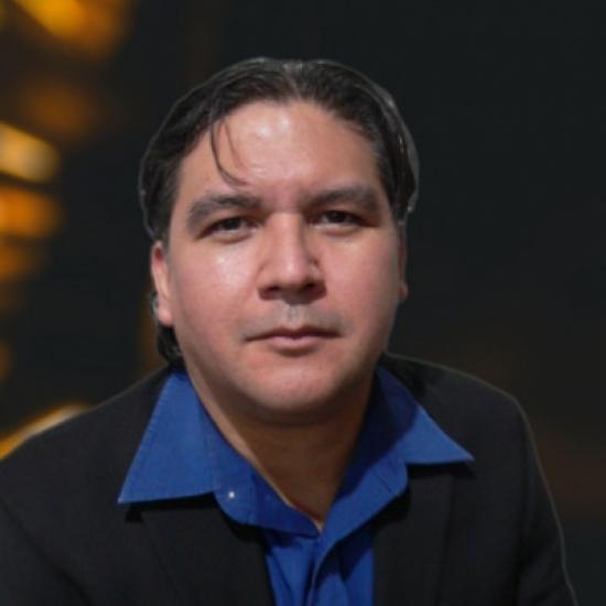 Hugo De la O - Administración y finanzas.