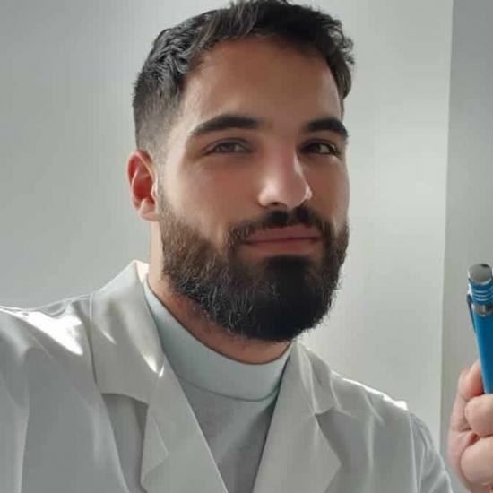 Jonathan  Tejada Cueto (Popdastan) - Barcelona - Químico.