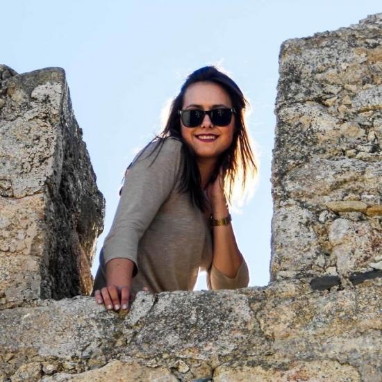 Blogger Jessica Manzano Guillén - Dependienta.