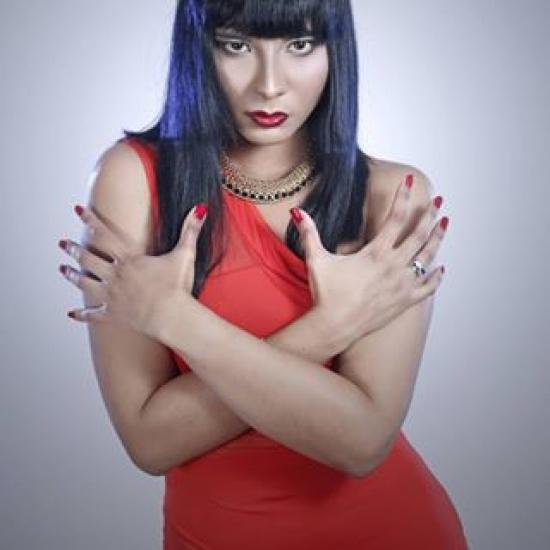 Blogger Cynthia  Castillo - Cantante.