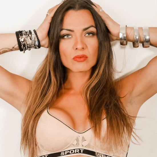 Blogger  Fernanda Brown - Humor y espectáculo.