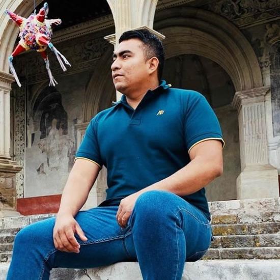 Blogger Mario Adolfo Prez MnDz - Licenciado.