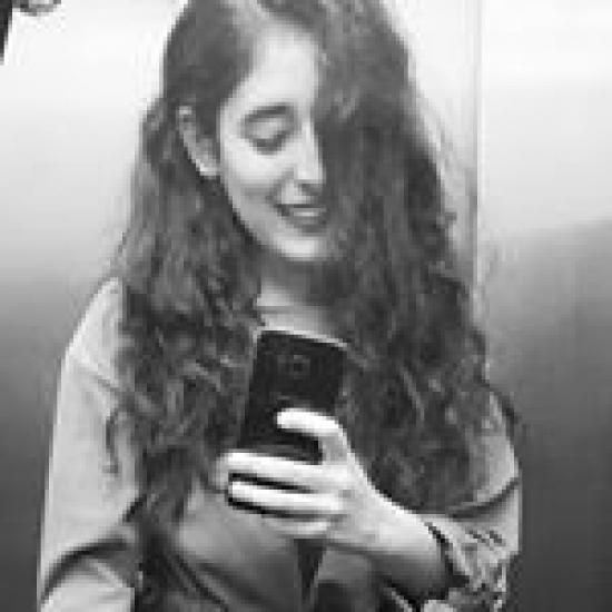 Bloger    Jenni Fernández - Student.