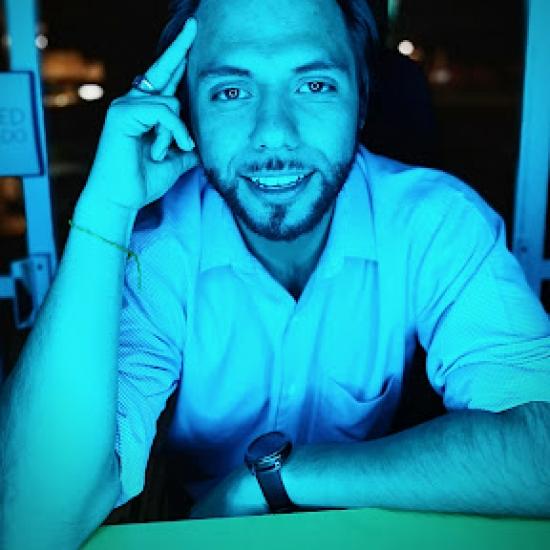 Blogger   Rodrigo Dávila  - Empresario.