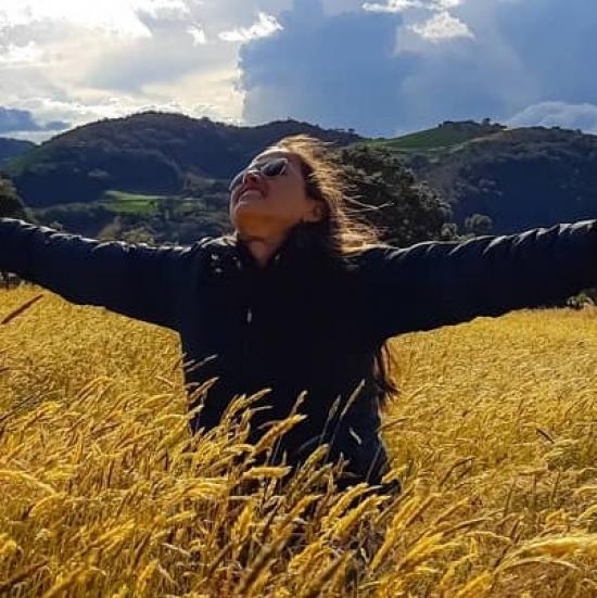 Blogger    Yuliana Solis Caicedo - Blogger and content creator.