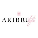 Ariana Briones (Aribri) - Guayaquil - Ingenieria en Producción y Dirección en Artes Multimedia.