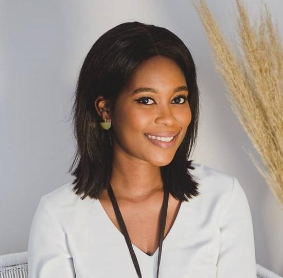 Blogger   Aya Masango - Copywriter and Social Media Consultant
