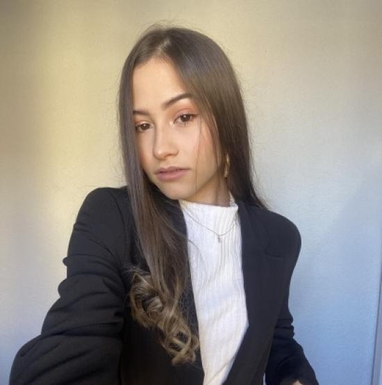 Blogger Stefany Martins - Blogger de moda y belleza.