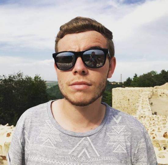 Blogger Luis Castillo - Beatboxer.