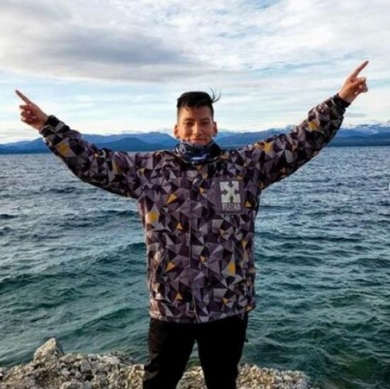 Blogger    Facundo Cáceres - Community Manager, Streamer y Esports.