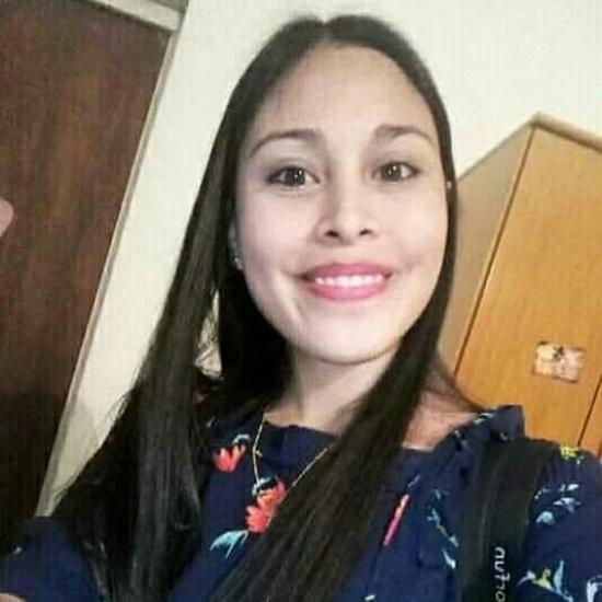 Macarena  Loncoman  - Niñera.