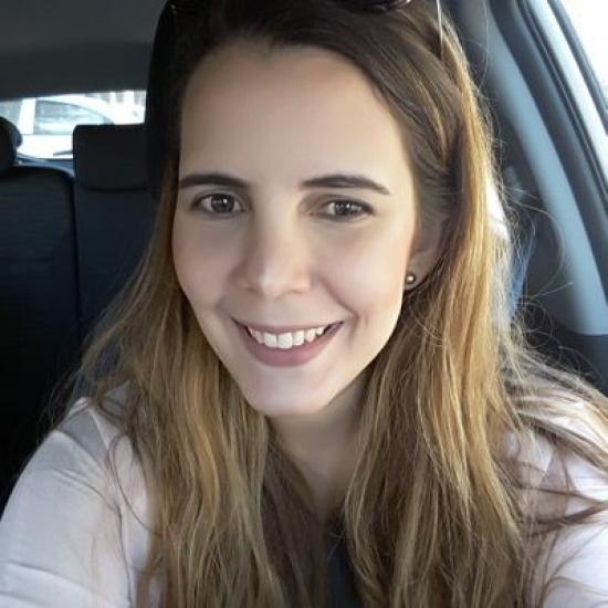 Blogger  María Alejandra  Gómez  - Me gusta el skincare y el maquillaje.