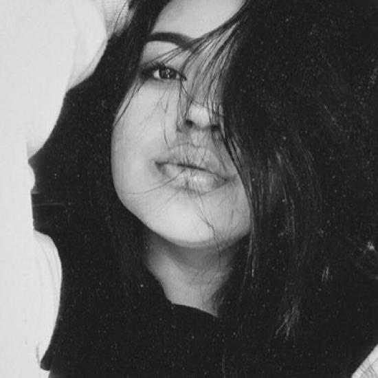 Blogger Luisa Guaman - Student.